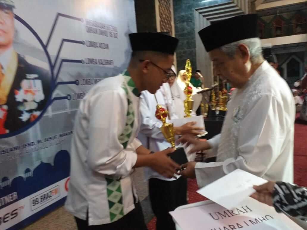 Santri IMMIM Juara Tahfidz 15 Juz dalam Haul 15 Tahun Wafatnya Jenderal TNI (Purn) M Jusuf