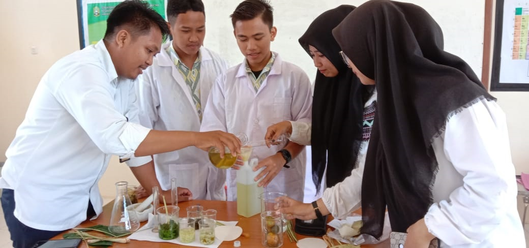 Biosanitizer, Hand Sinitizer Berbahan Alami Berbasis Kearifan Lokal Buatan Santri Pesantren IMMIM